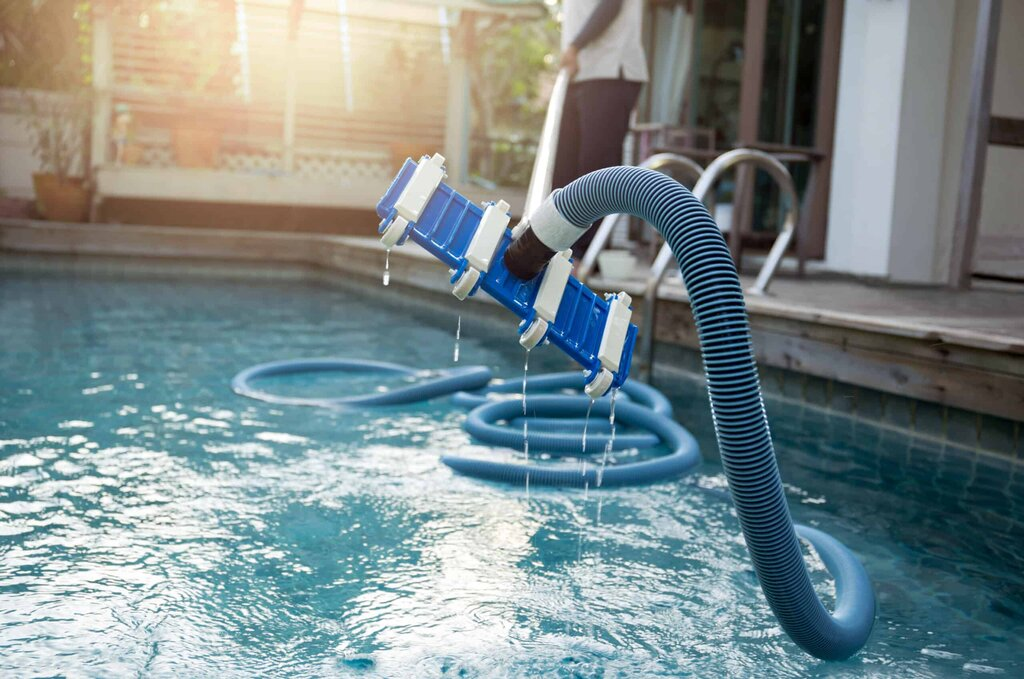 Hose for Connecting Filter Systems and Pool Cleaners