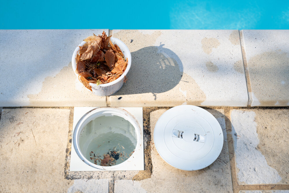 How Much Suction Should a Pool Skimmer Have